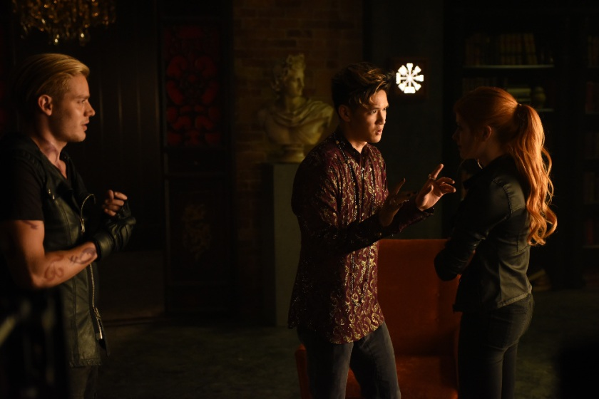 """SHADOWHUNTERS - """"Major Arcana"""" - With the knowledge of where The Mortal Cup is, Clary and the team race to get it before anyone else beats them to it in """"Major Arcana,"""" an all-new episode of """"Shadowhunters,"""" airing  Tuesday, February 23rd at 9:00 – 10:00 p.m., EST/PST on Freeform, the new name for ABC Family.(Freeform/John Medland) DOMINIC SHERWOOD, HARRY SHUM JR., KATHERINE MCNAMARA"""